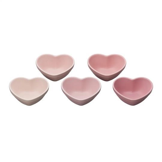 jogo com 5 ramekins formato coração rosa le creuset