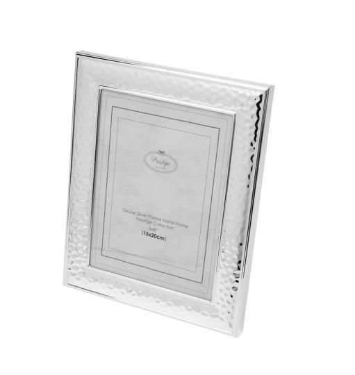 porta retrato na cor prata 15x20 cm prestige