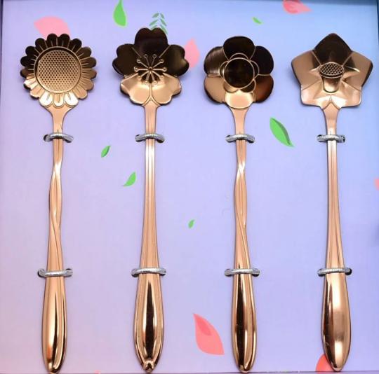 jogo de 4 colheres de chá flores rose