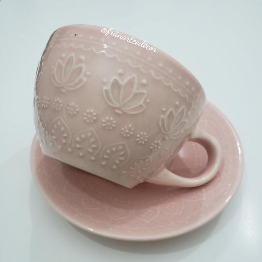 jogo com 6 xícaras de chá corona relieve rosa yoi